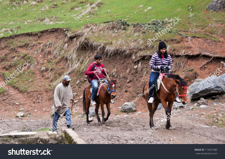 Pahalgam India  city photos : PAHALGAM,INDIA APRIL 16:Tourists Enjoy horse riding horse to Pahalgam ...