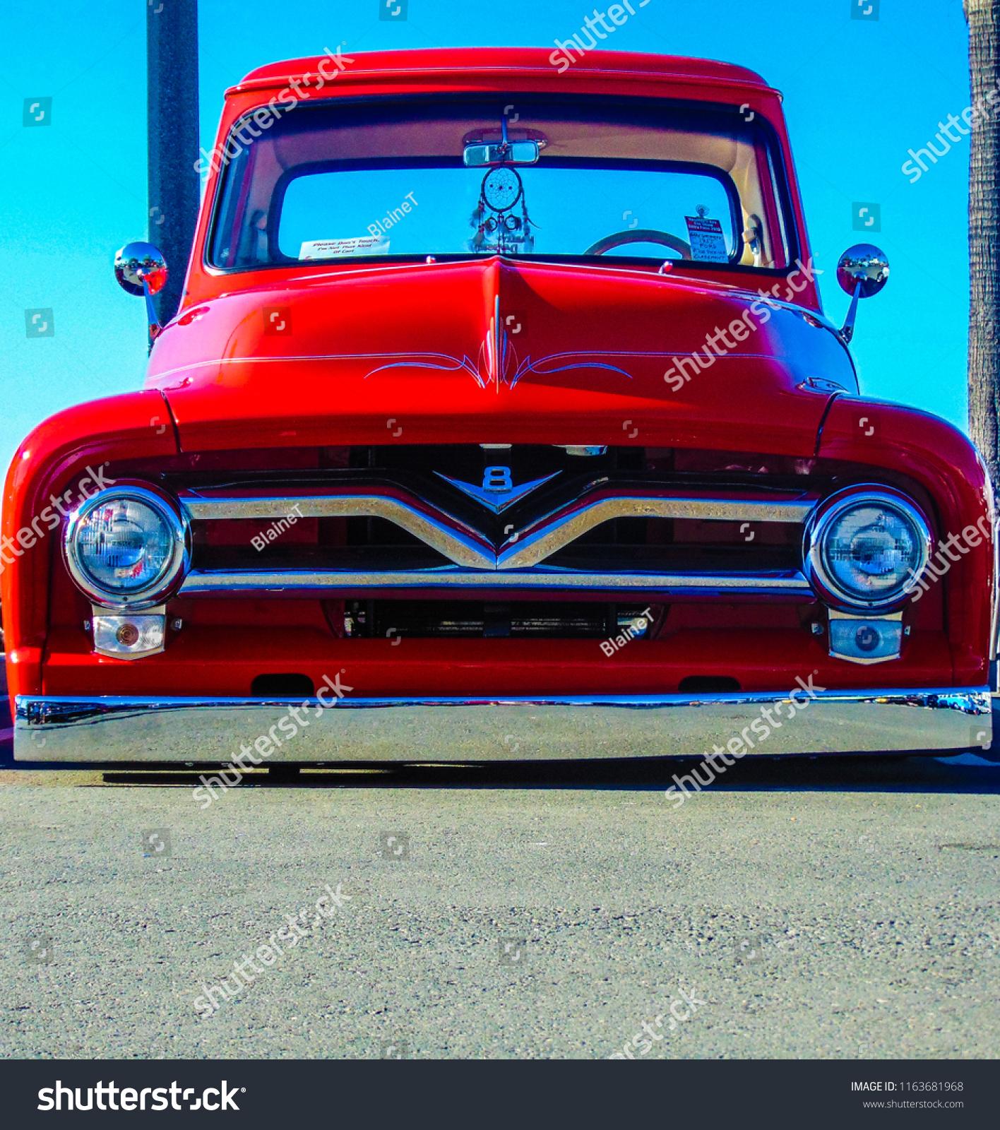 Huntington Beach Ca Usa November 11 Stock Photo Edit Now 1955 Ford F100 Hood 2016 Frontal View Of A