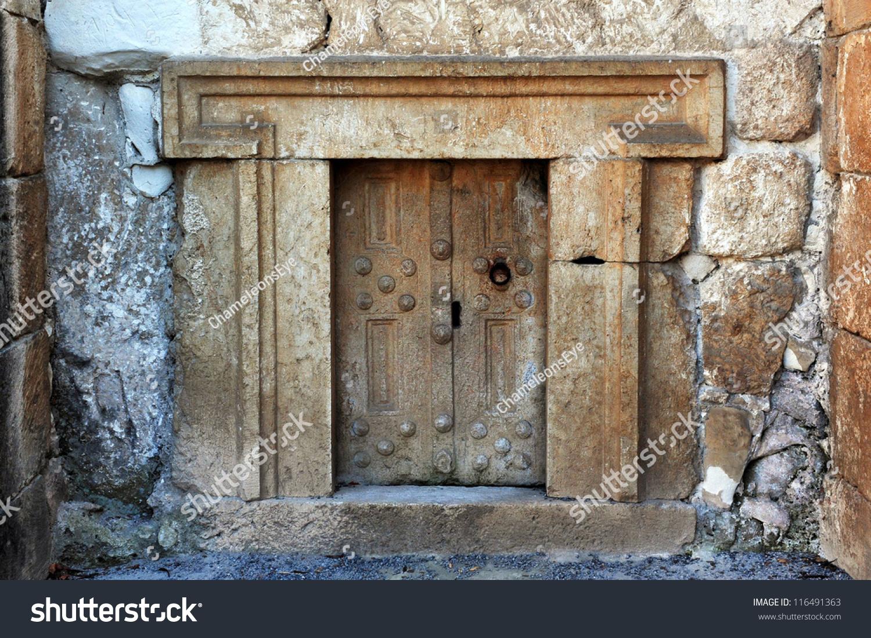 Very Small Door Ancient Jewish Tomb Stock Photo 100 Legal