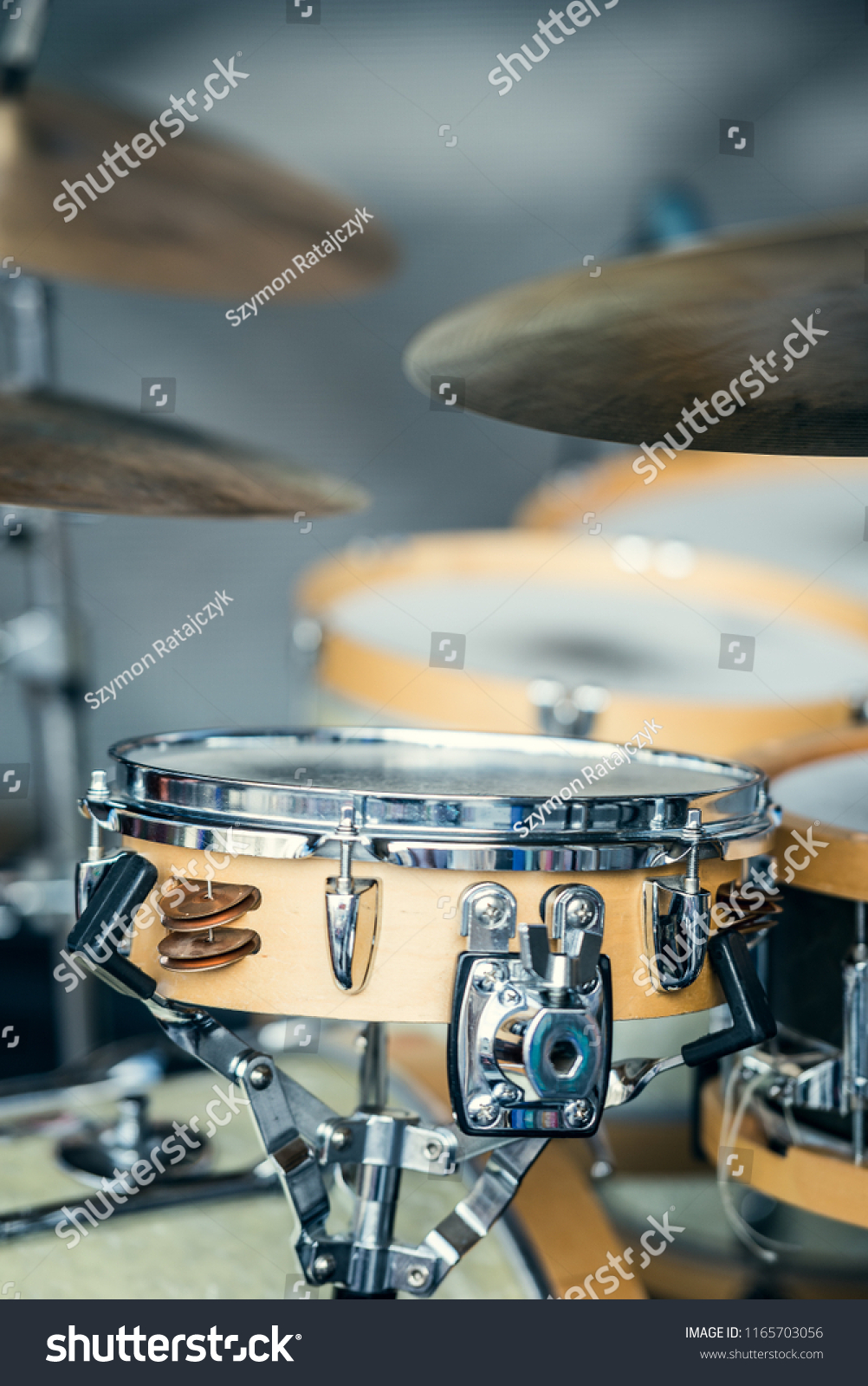 Analog Drum Set Cymbals Snaredrum Stock Photo Edit Now 1165703056