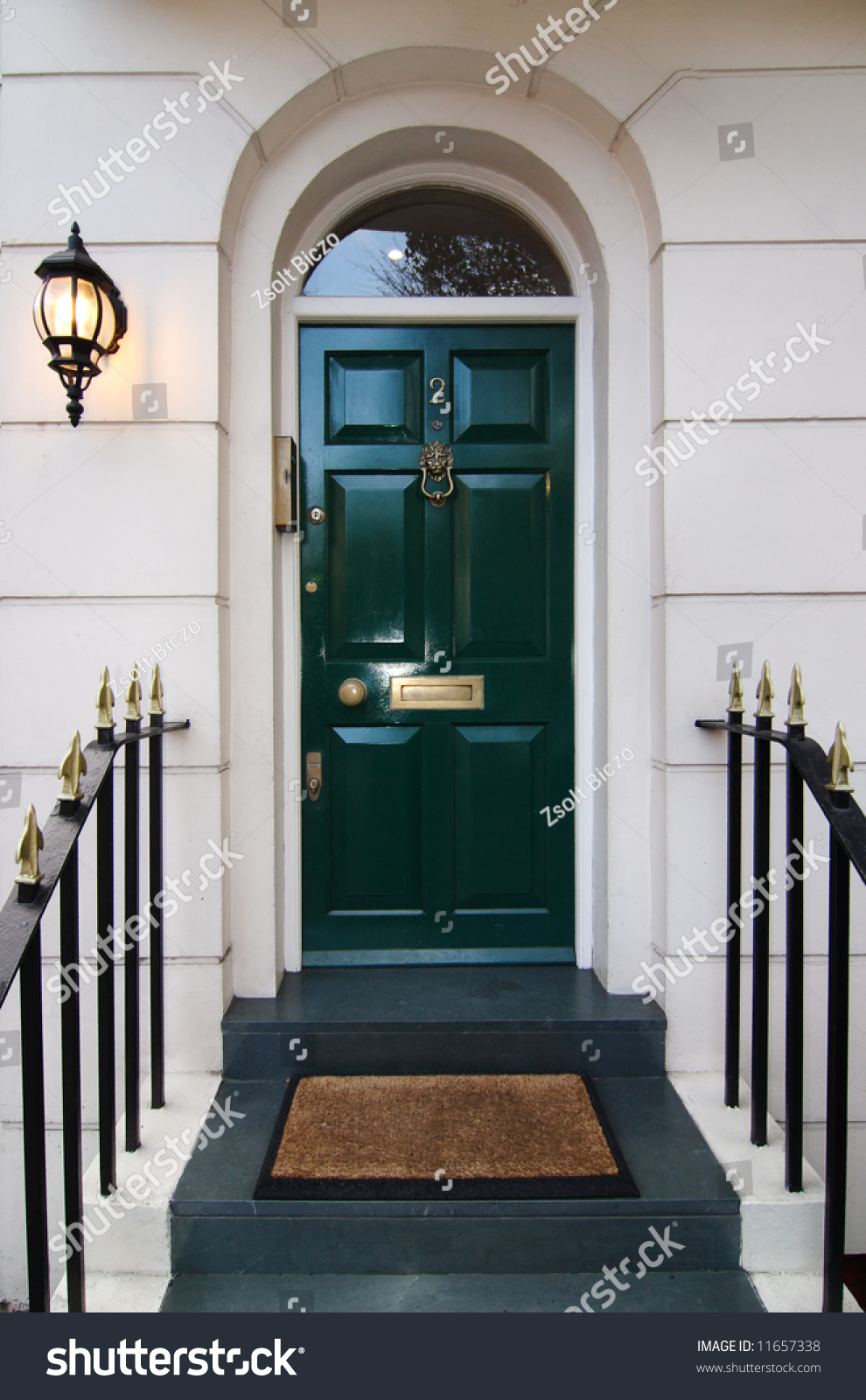 Traditional english door in London & Traditional English Door London Stock Photo (Safe to Use) 11657338 ...