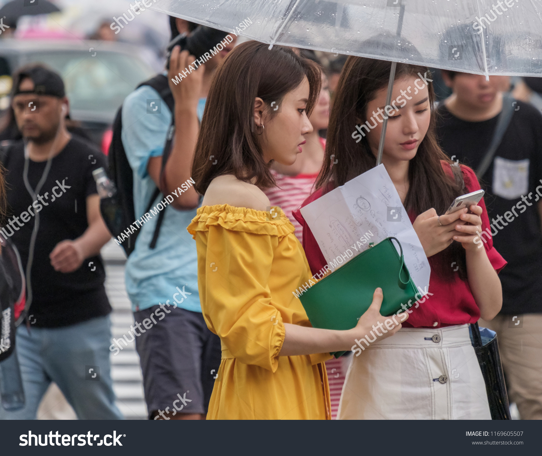 good looking japanese girls