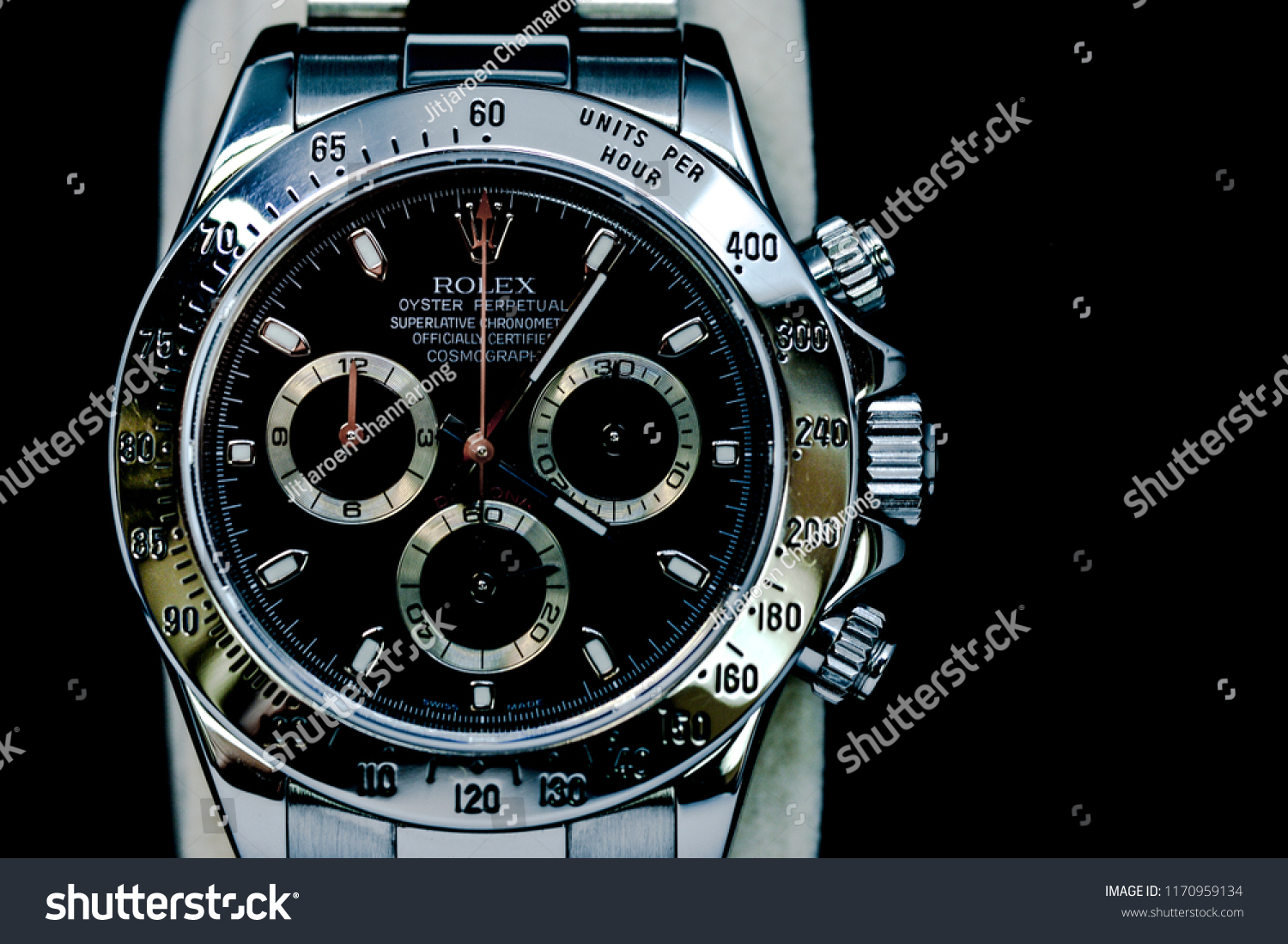 383c13b86d1 Luxury Rolex watch several models such as sports model , special dial ,  were demonstrated under.