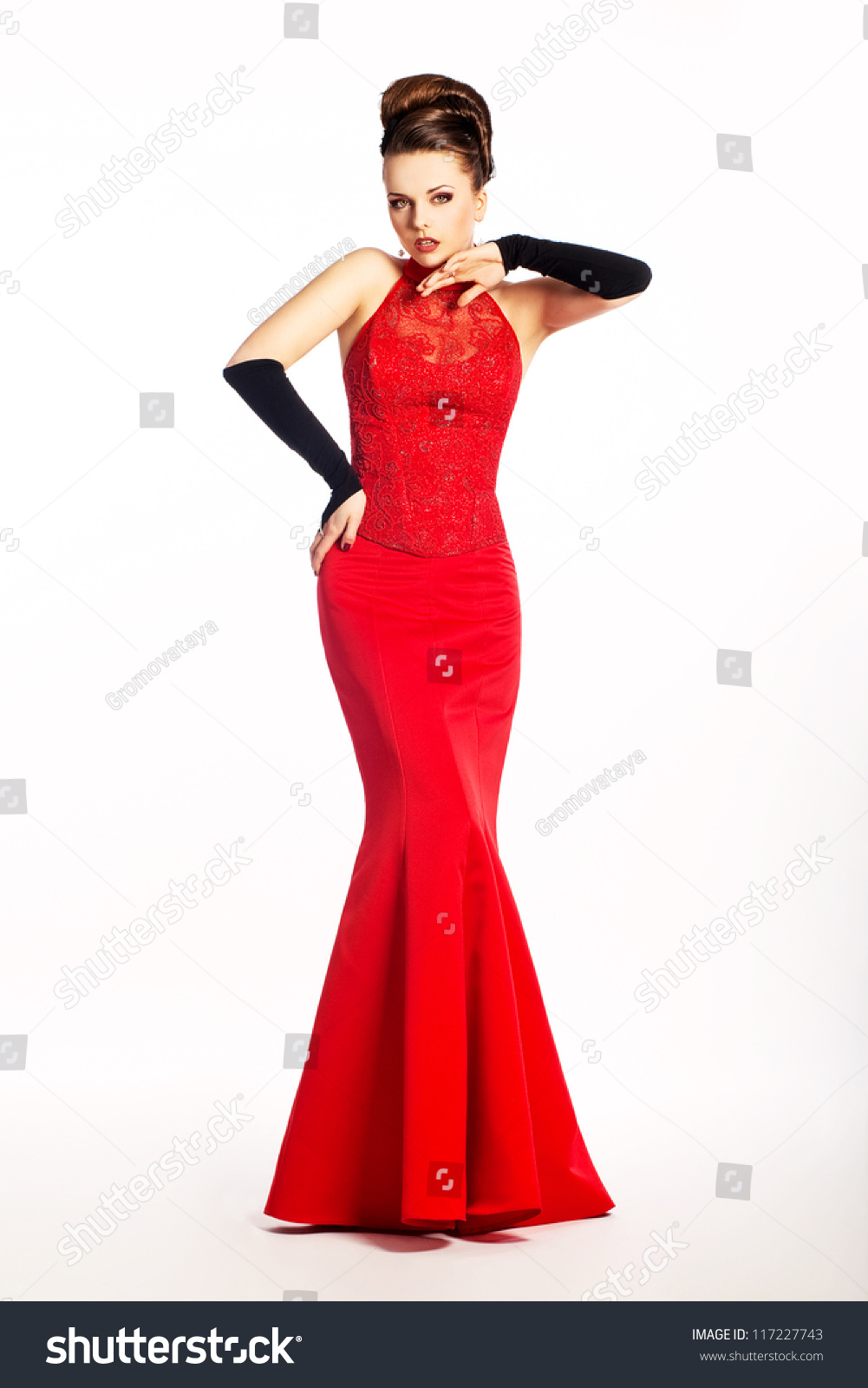 Black gloves for gown - Beauty Newlywed In Long Wedding Red Dress And Black Bridal Gloves Posing