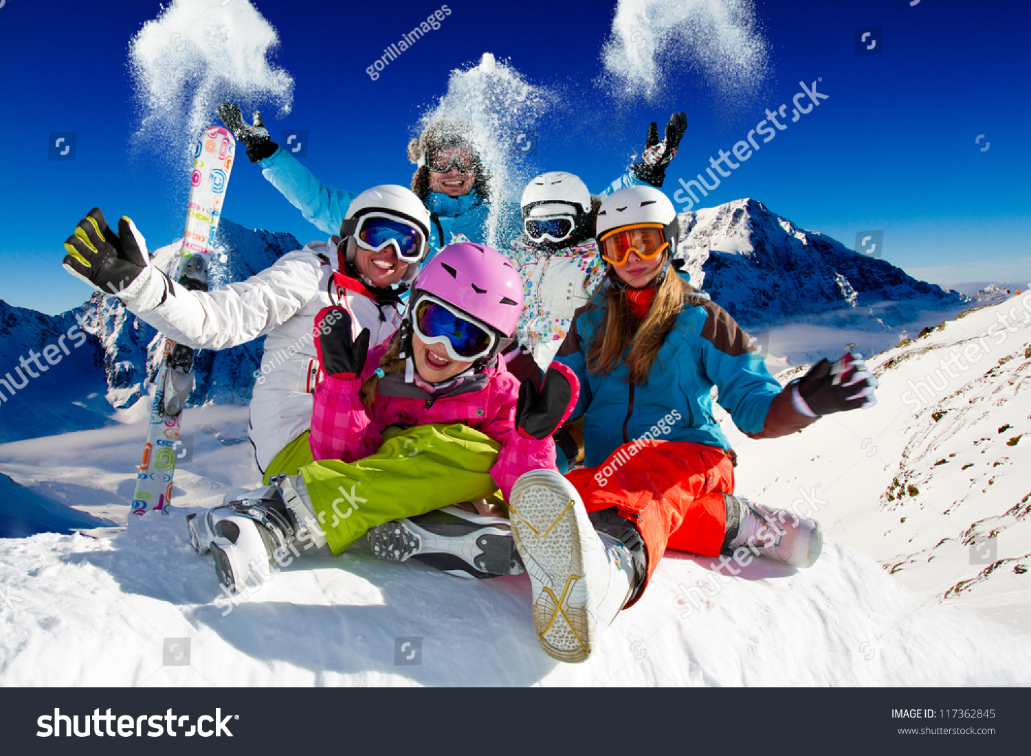 Skiing winter snow sun and fun family enjoying winter for Best family winter vacations