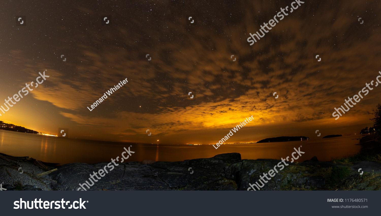 stock-photo-sechelt-bc-canada-starry-nig