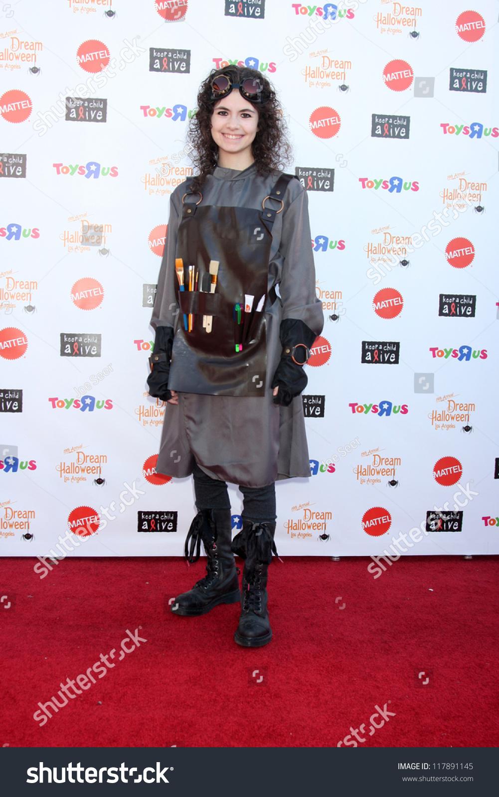 Lota Delgado (1918?009),Carla Humphries (b. 1988) Erotic video Leah Dizon (b. 1986 Non-Japanese, American-born.,Shirley Eaton