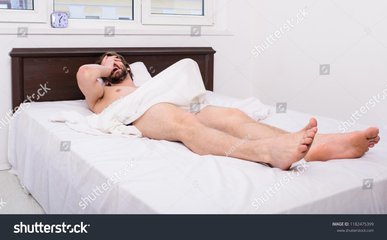 las erecciones matutinas o nocturnas lo tienen todo más