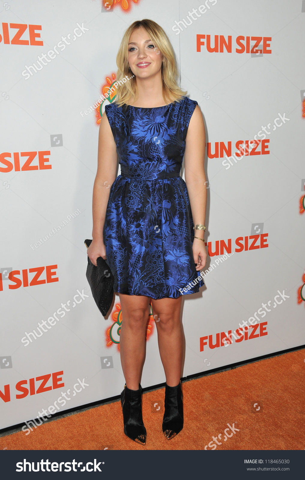 Abby Elliott Picture 7 - The Premiere of Paramount