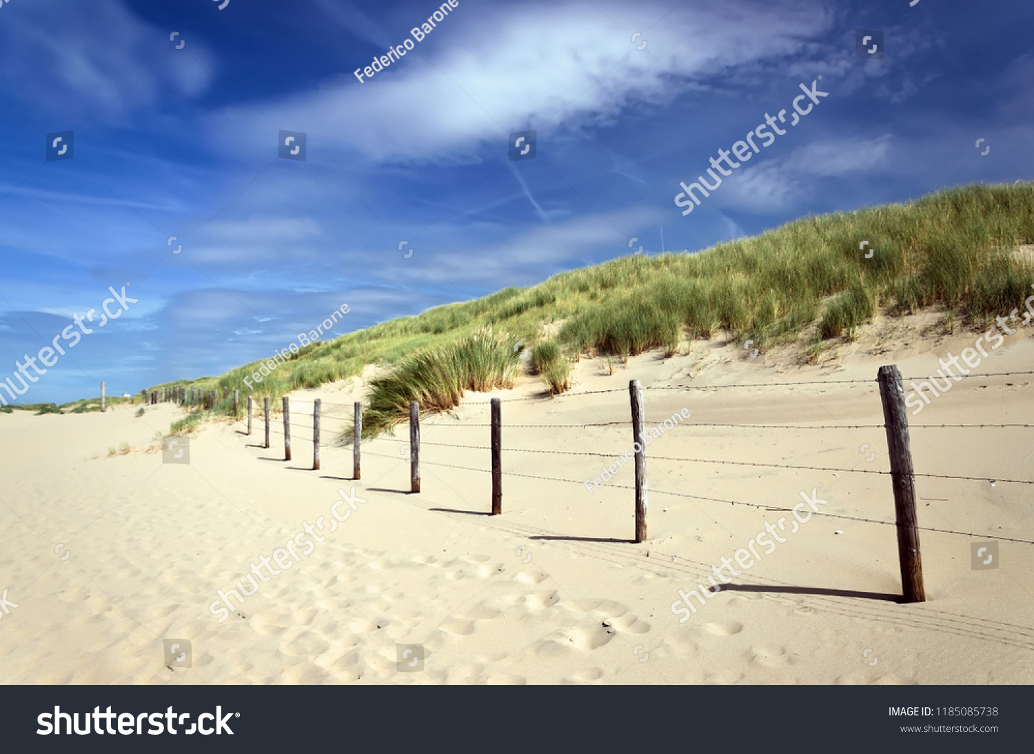 stock-photo-fence-on-the-beach-wonderful