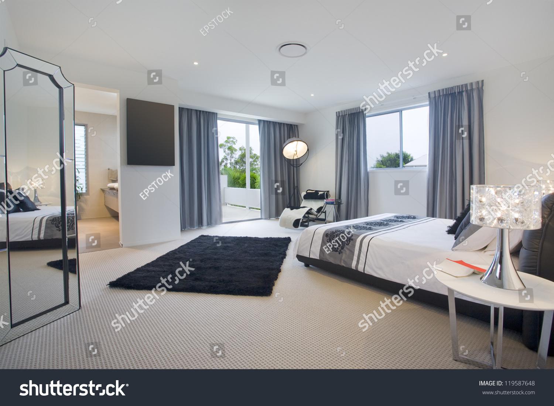 Luxurious Master Bedroom Luxurious Master Bedroom Mansion Stock Photo 119587648 Shutterstock