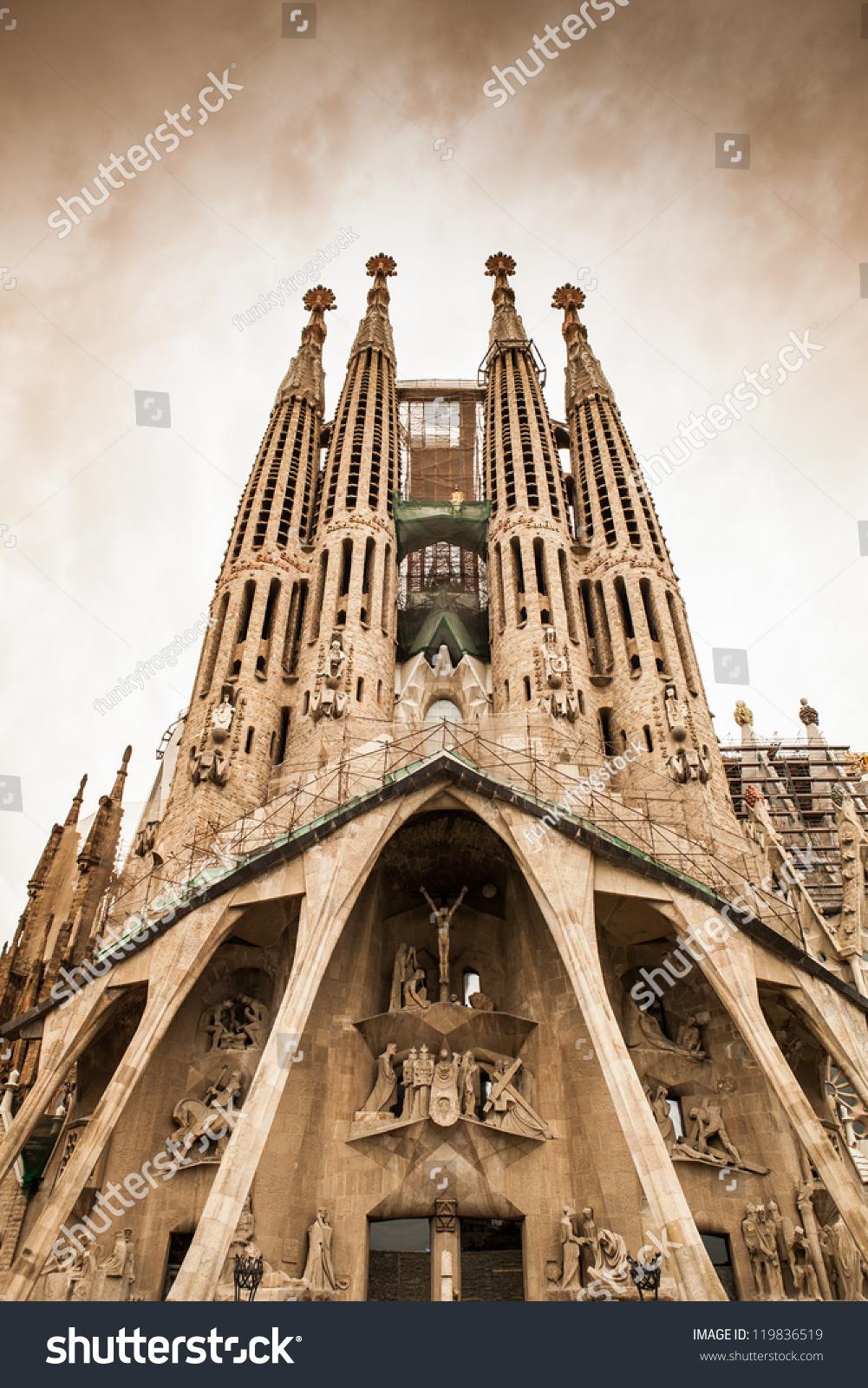 Frontal view this architecture masterpiece la stock photo for Antoni gaudi sagrada familia architecture