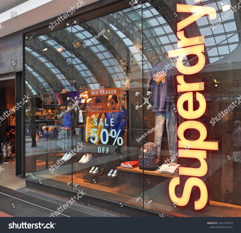 11 Th October 2018 Dublin Retail Shop Stock Photo (Edit Now ... bd68dc6e0