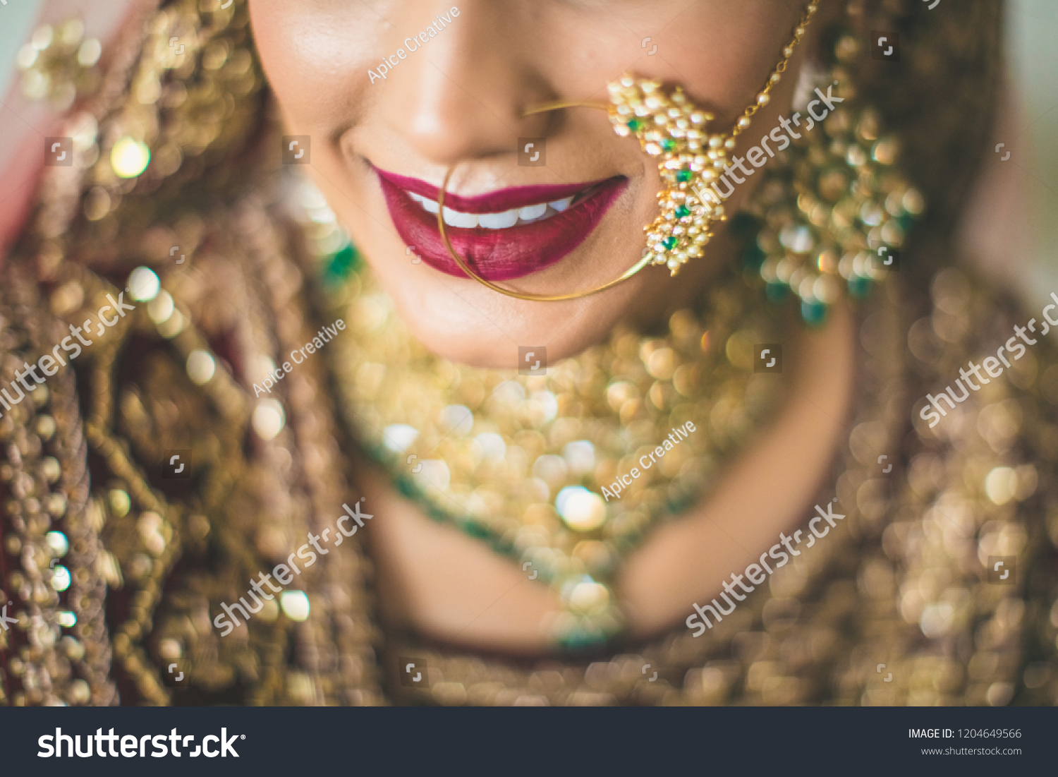 Gorgeous Indian Pakistani Bride Nose Ring Miscellaneous Stock