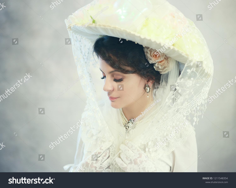 2b74aa5c8c774 Beautiful Woman Big Hat Victorian Edwardian Stock Photo (Edit Now ...