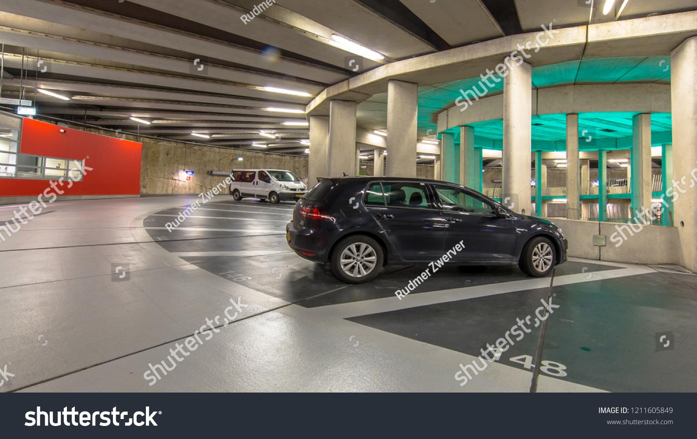 Renault Garage Groningen : Parked cars modern underground circular parking stock photo edit