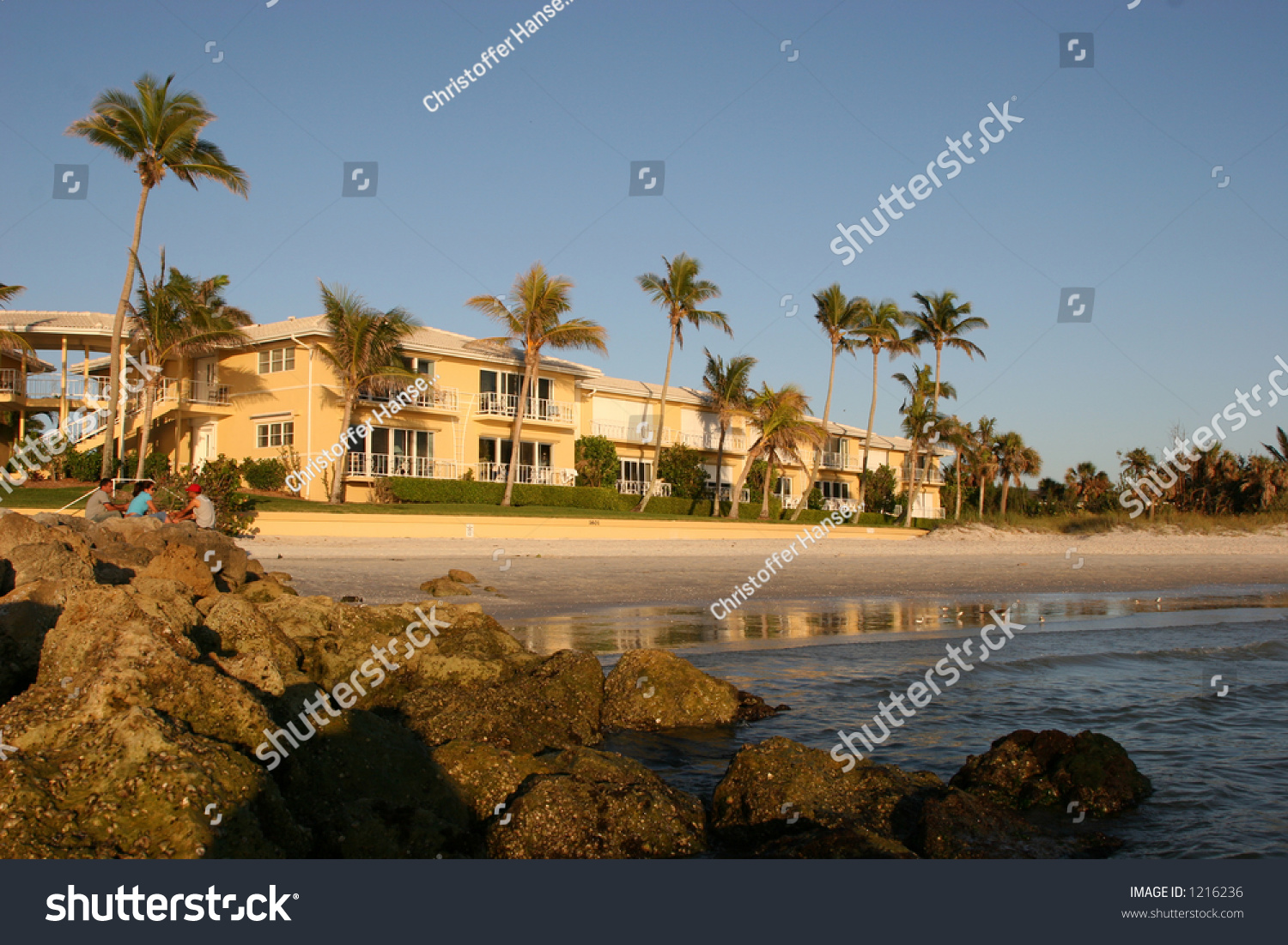 Nice Apartment Building On The Beach Part 61