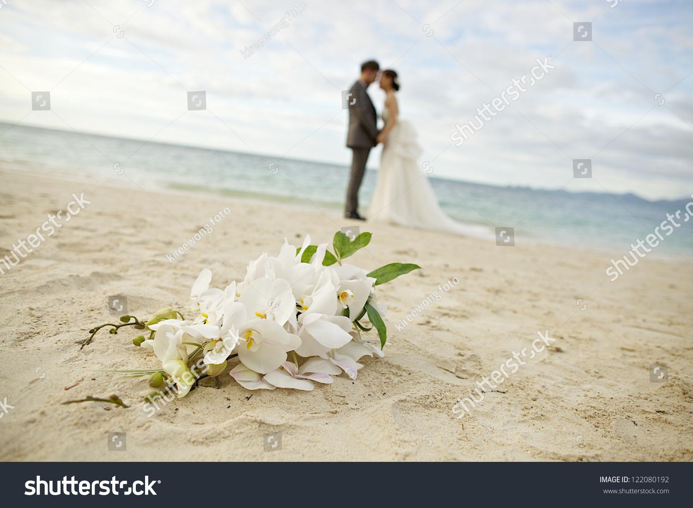 Wedding on the beach - A Couple Wedding On The Beach