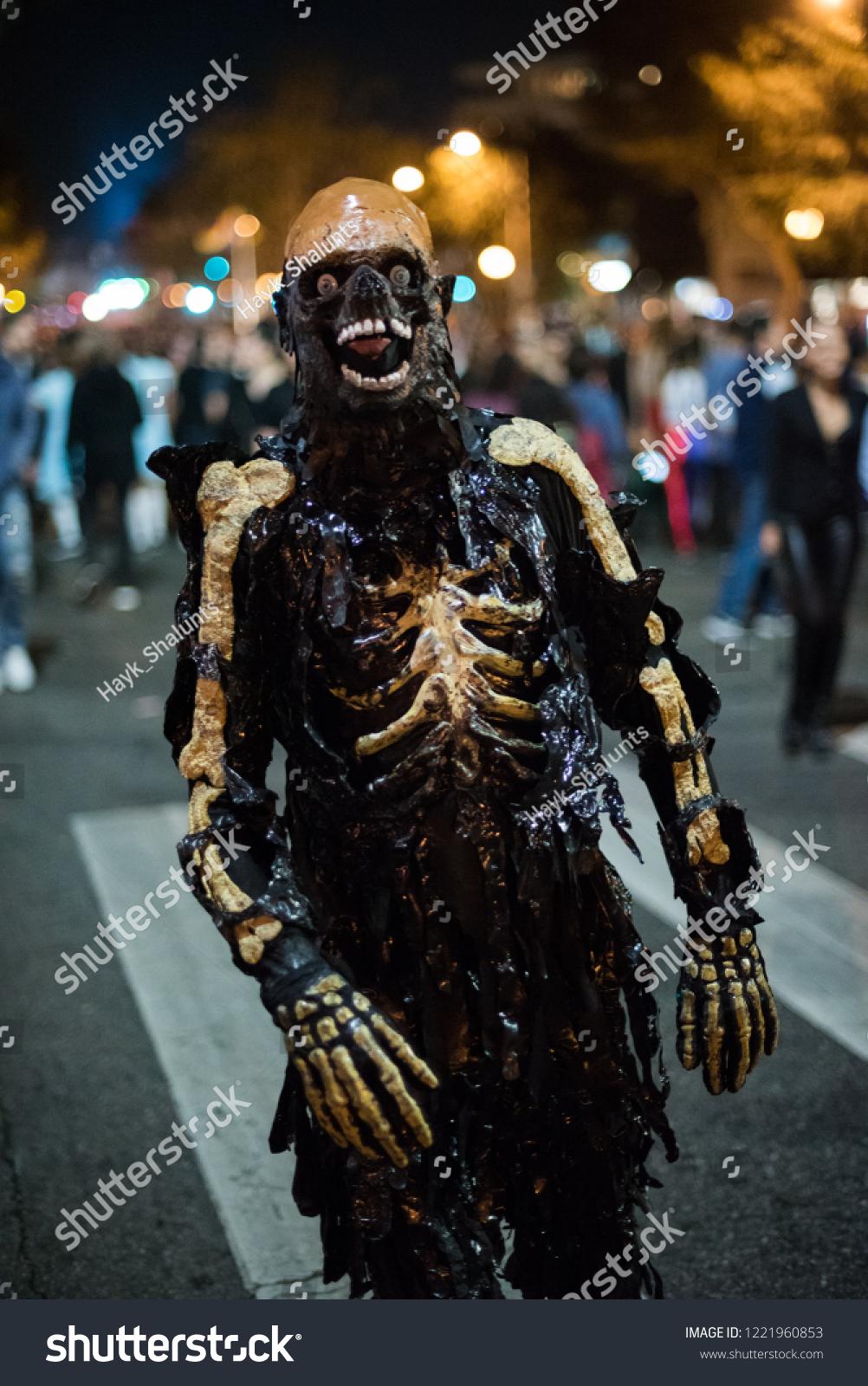 Los Angeles October 31 Halloween Parade Stock Photo Edit Now 1221960853