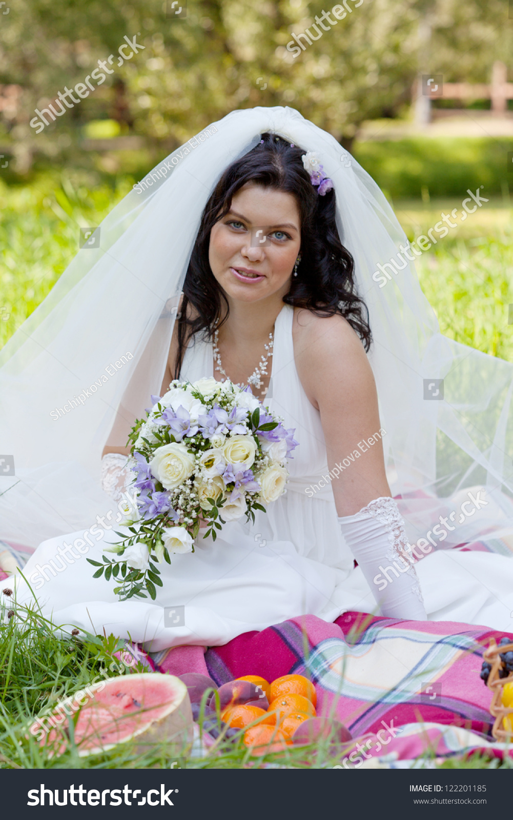 Beautiful Asian Bride Sits On 91