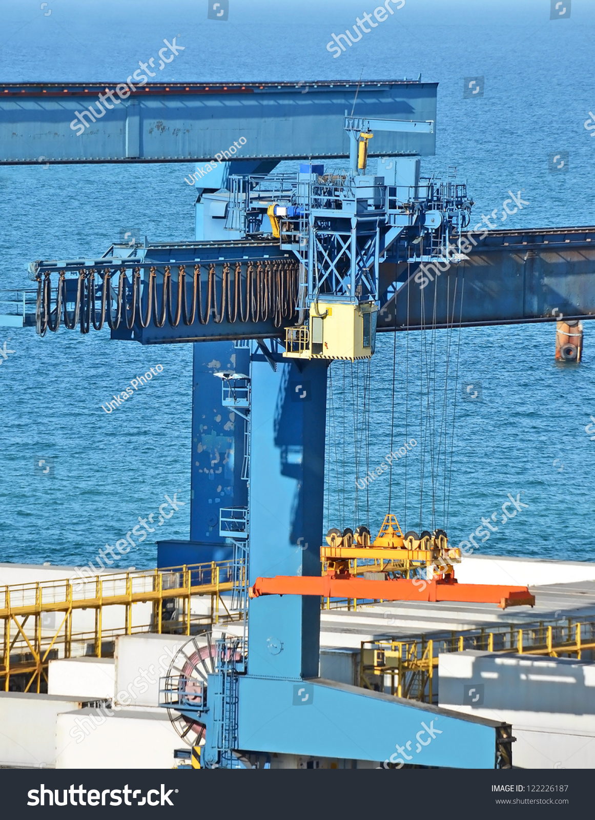 Harbor Freight Gantry Crane >> Port Cargo Crane Container Over Blue Stock Photo 122226187 - Shutterstock