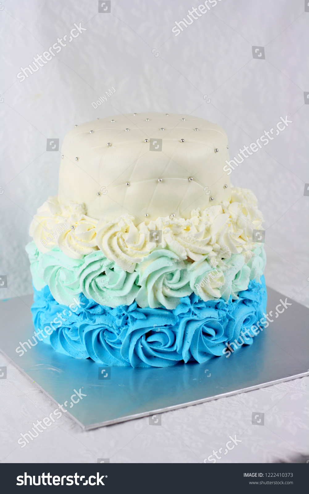 Blue Rose Swirl Buttercream Cake Ombre Stock Photo Edit Now 1222410373