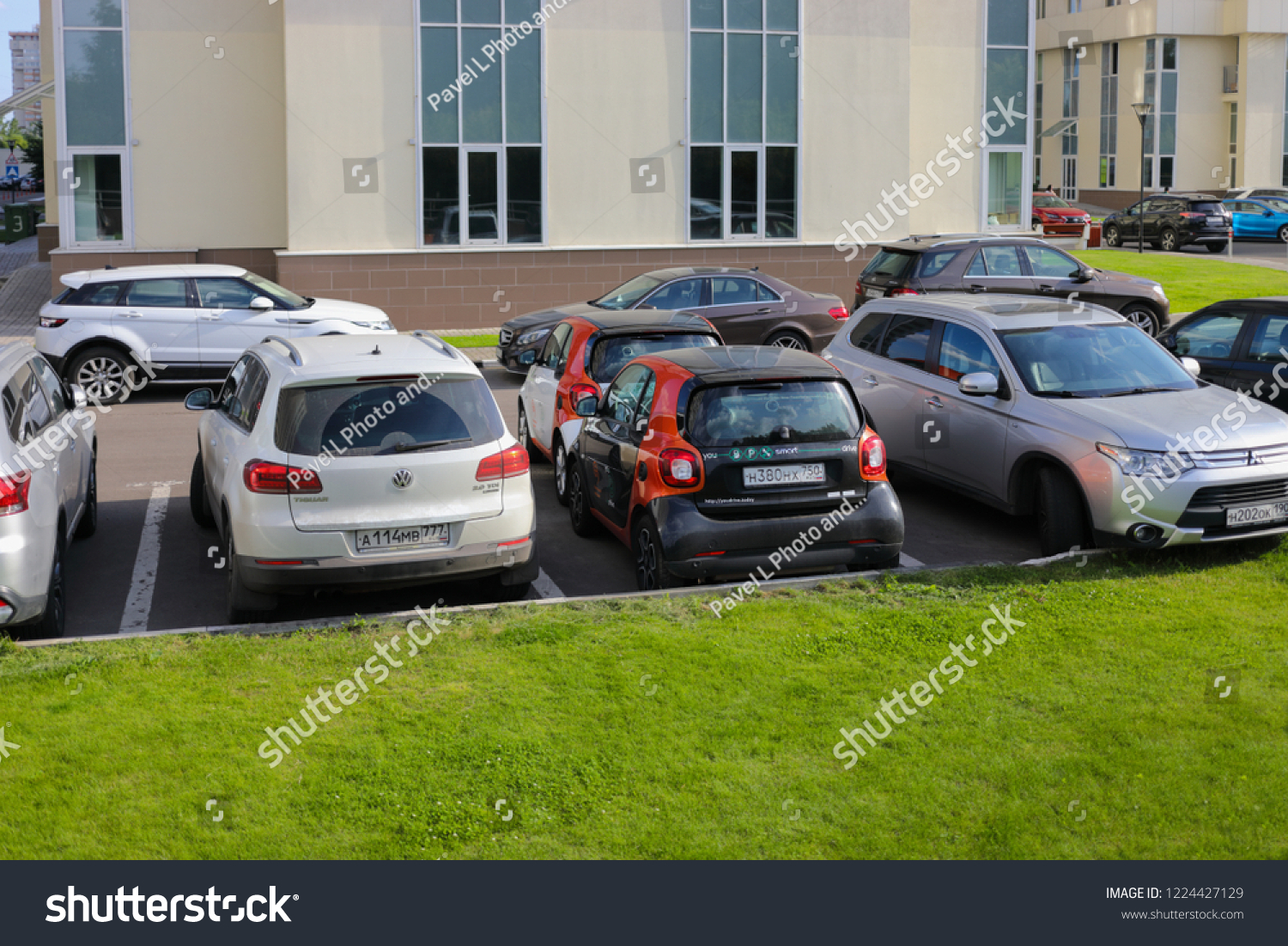 Moscow Jun 22 2018 Two Mercedes Stock Photo Edit Now 1224427129
