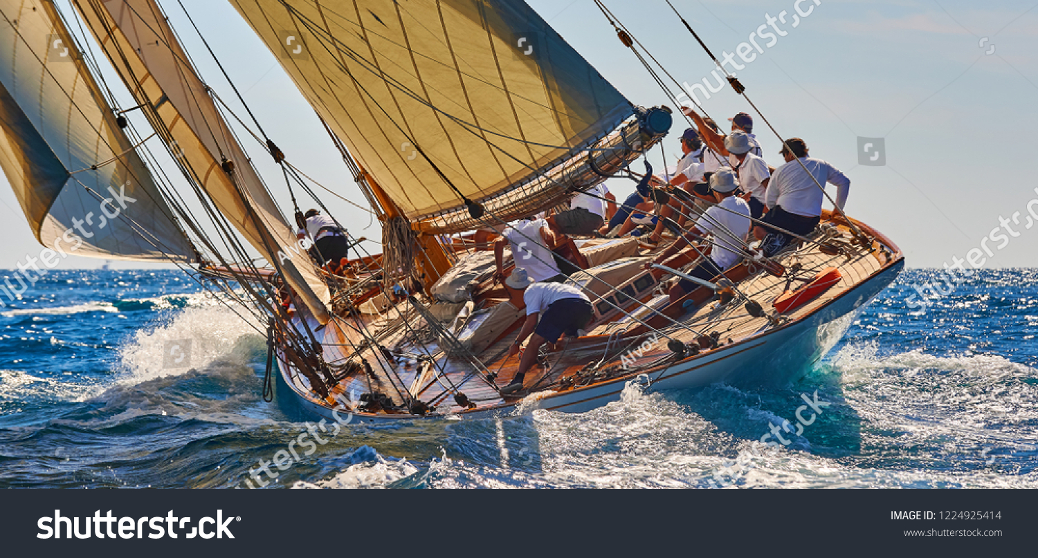Sailing yacht race. Sports team of yachtsmen is fighting to win the regatta #1224925414