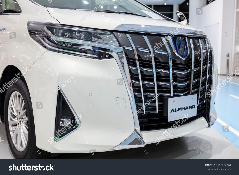 Kelebihan Toyota Alphard 2018 Spesifikasi