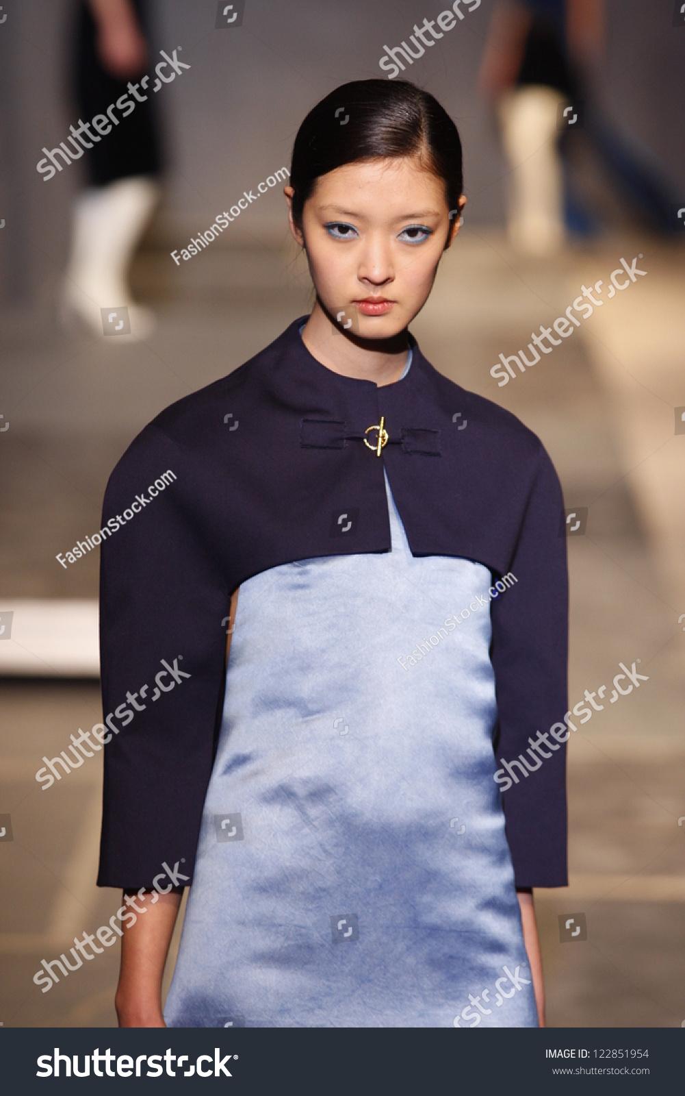 Aganovich Couture Fall 2018 – WWD