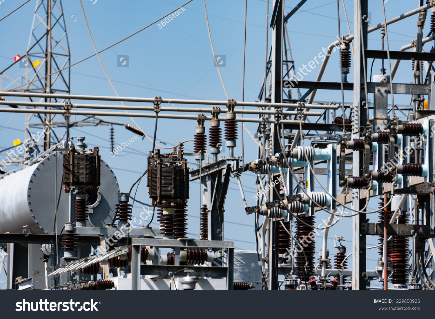 Electrical Substation Consisting Transformer Measurement Electric Measurements In Circuit The Of For Voltage Disconnect Switch