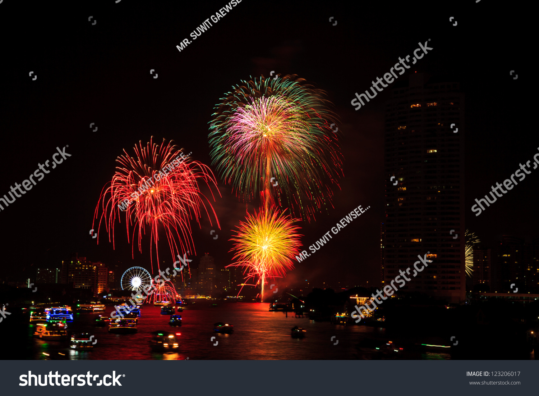 it happy new year thailand