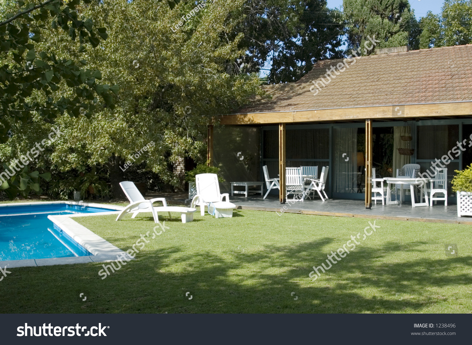 Neat Suburban Garden Swimming Pool Stock Photo 1238496 Shutterstock