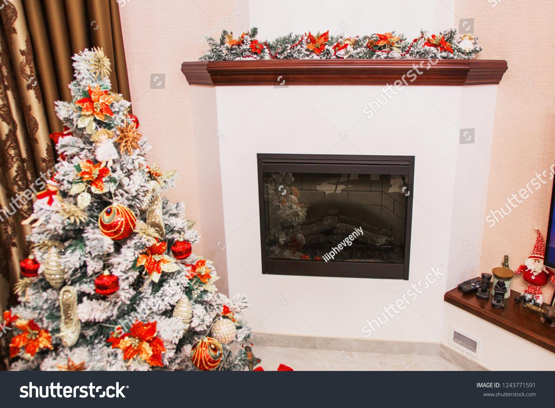 Christmas Decor Cozy House Winter Tree Stock Photo Edit Now 1243771591