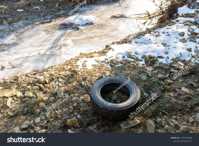 Bancu Romania 01 December 2018 Abandoned Tire Stock Photo