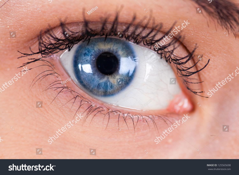 stock-photo-blue-women-s-eye-closeup-mac