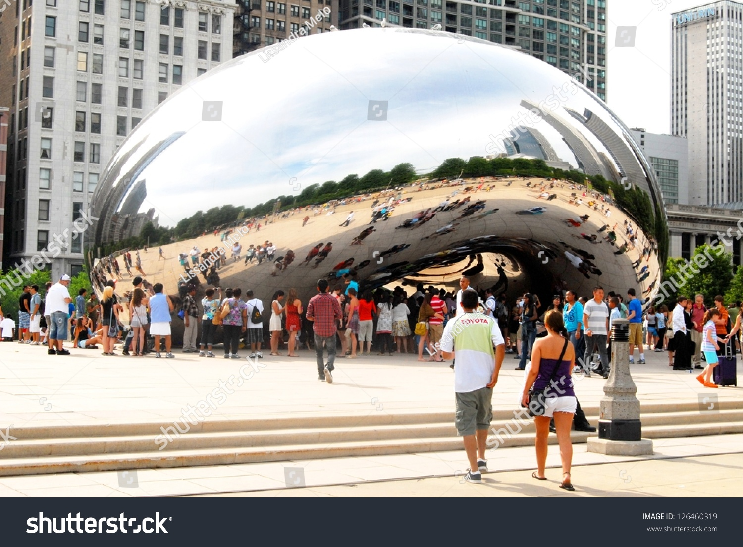 Chicago June 25 Chicago Cloud Gate Stock Photo 126460319