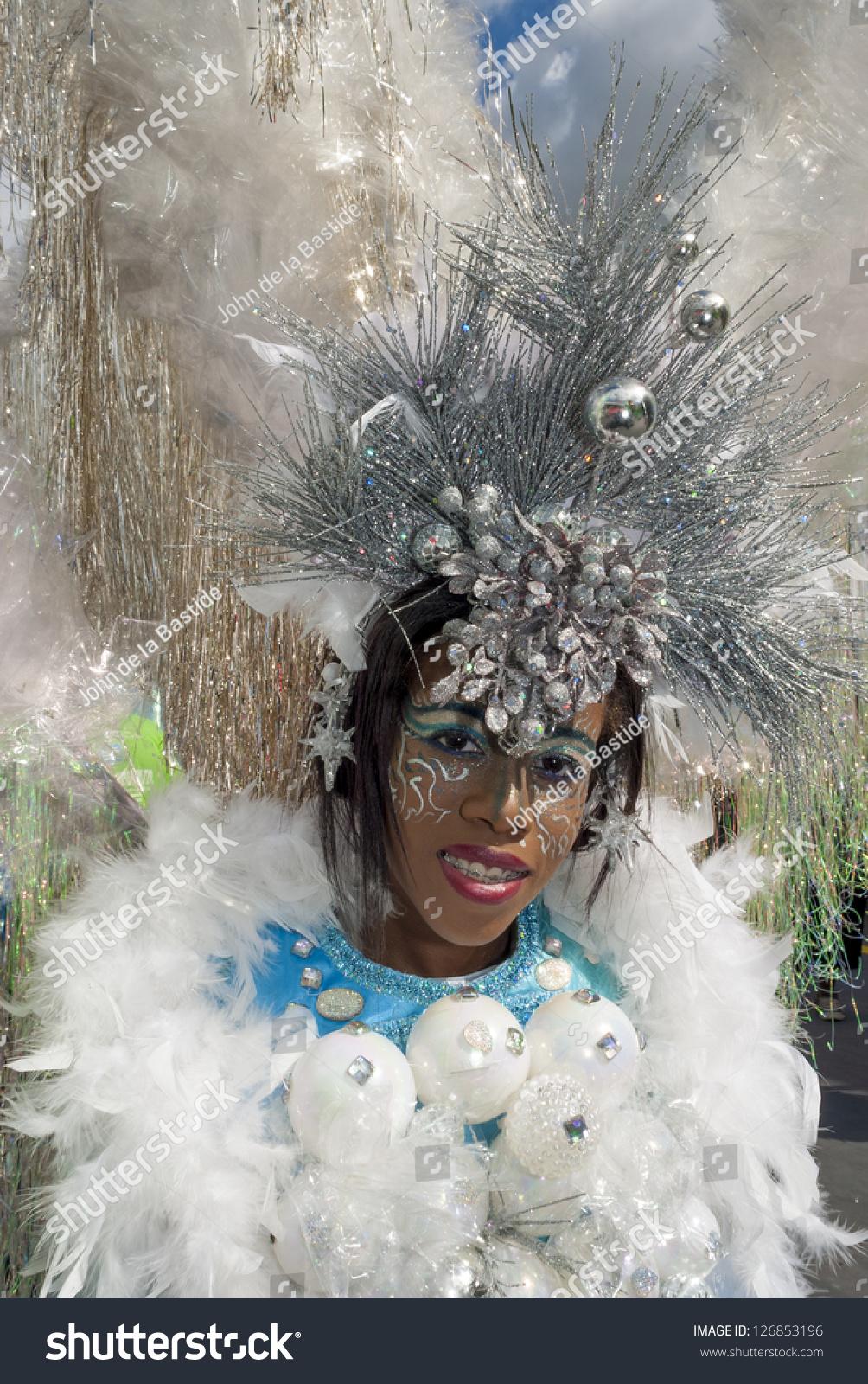 Port Of Spain ,Trinidad - February 2: Carissa Floyd 13 ...