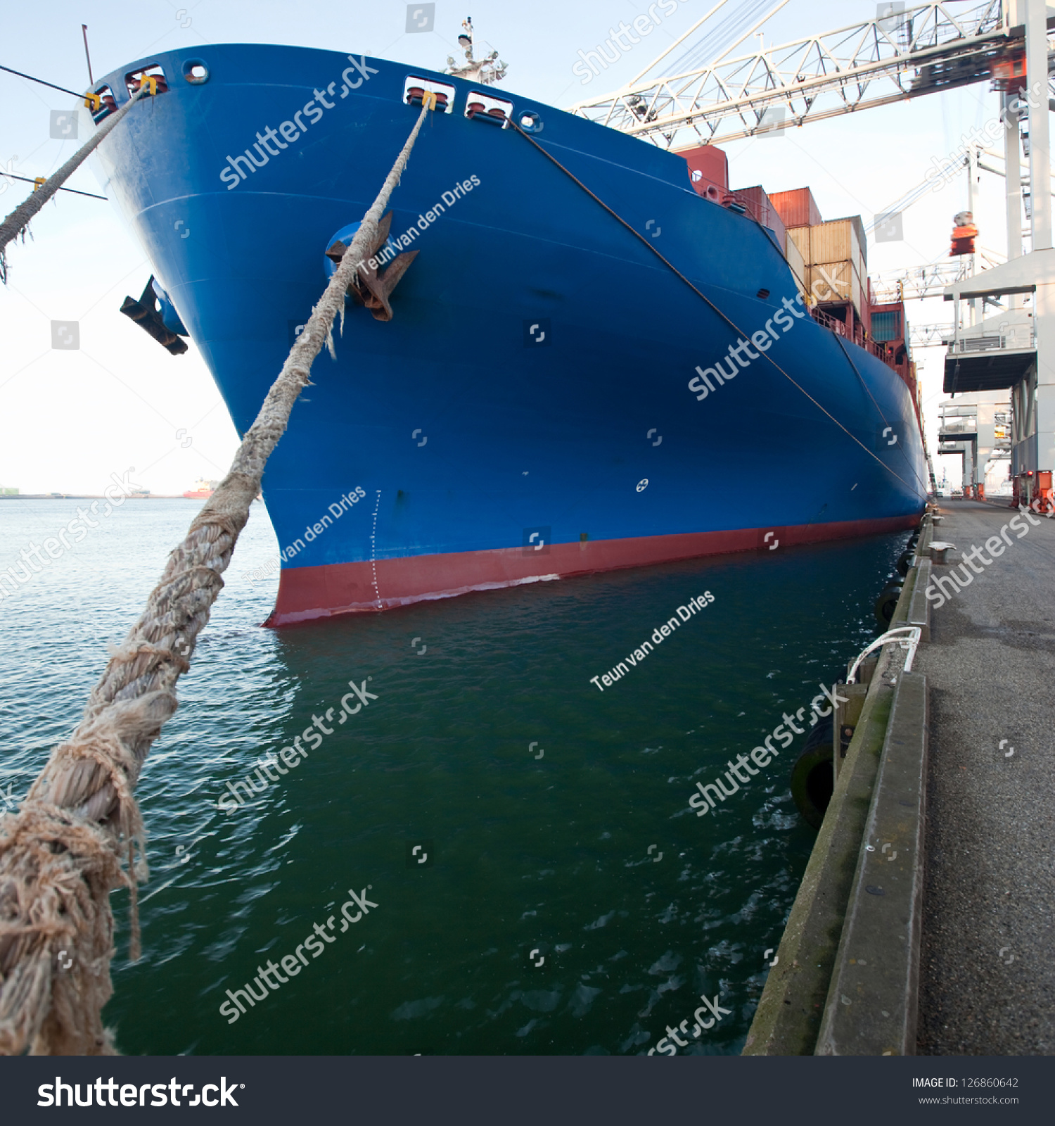 Front View Moored Container Ship Stock Photo 126860642 ...