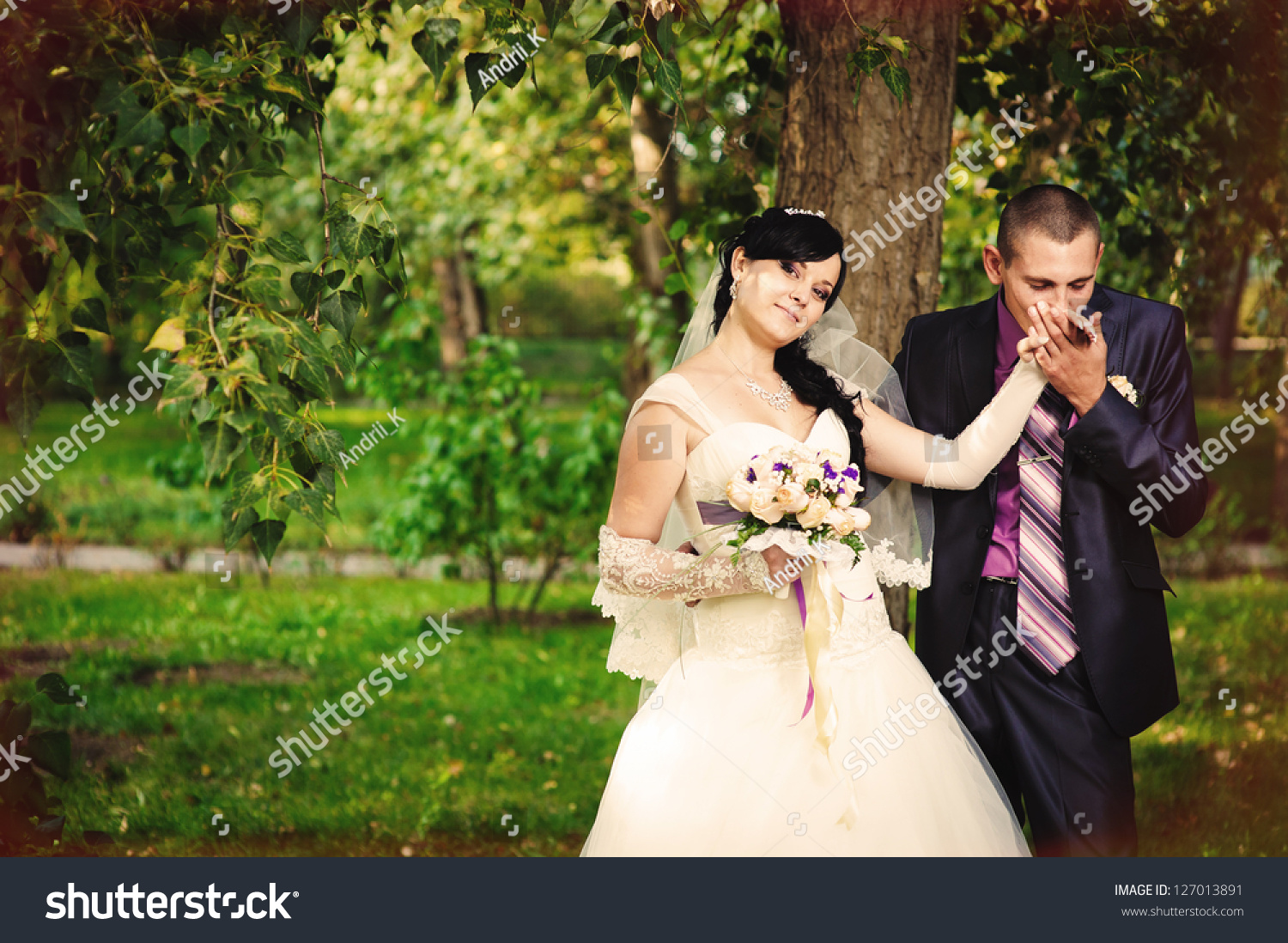 Happy Kiss Bride Groom Near Tree Stock Photo 127013891 - Shutterstock