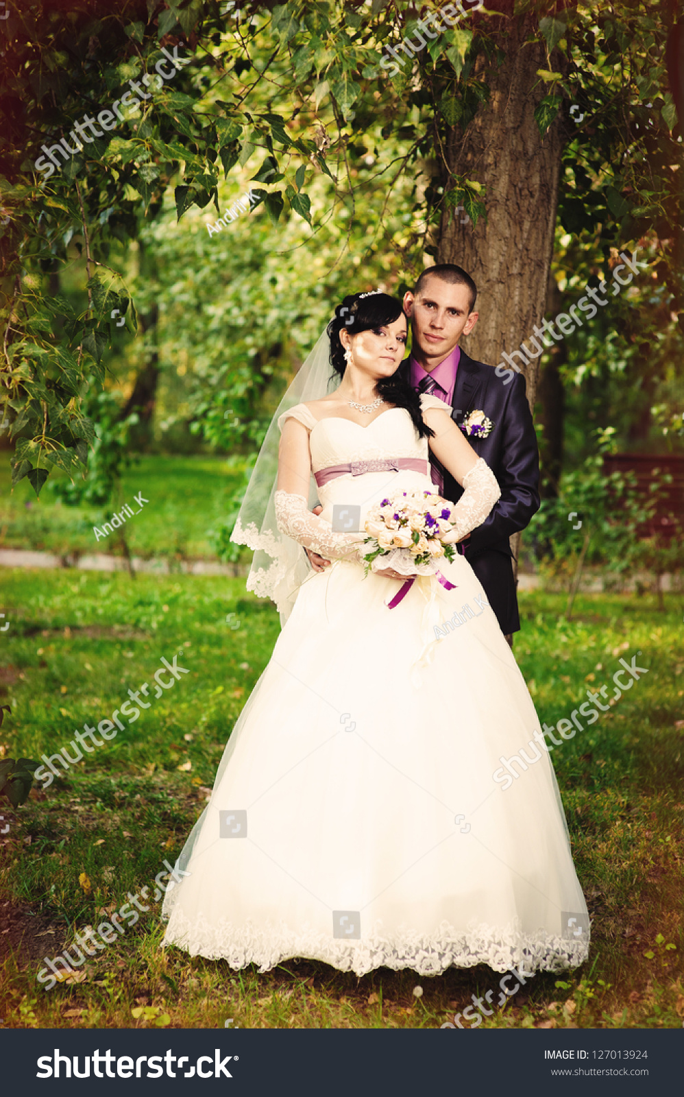 Happy Kiss Bride Groom Near Tree Stock Photo 127013924 - Shutterstock