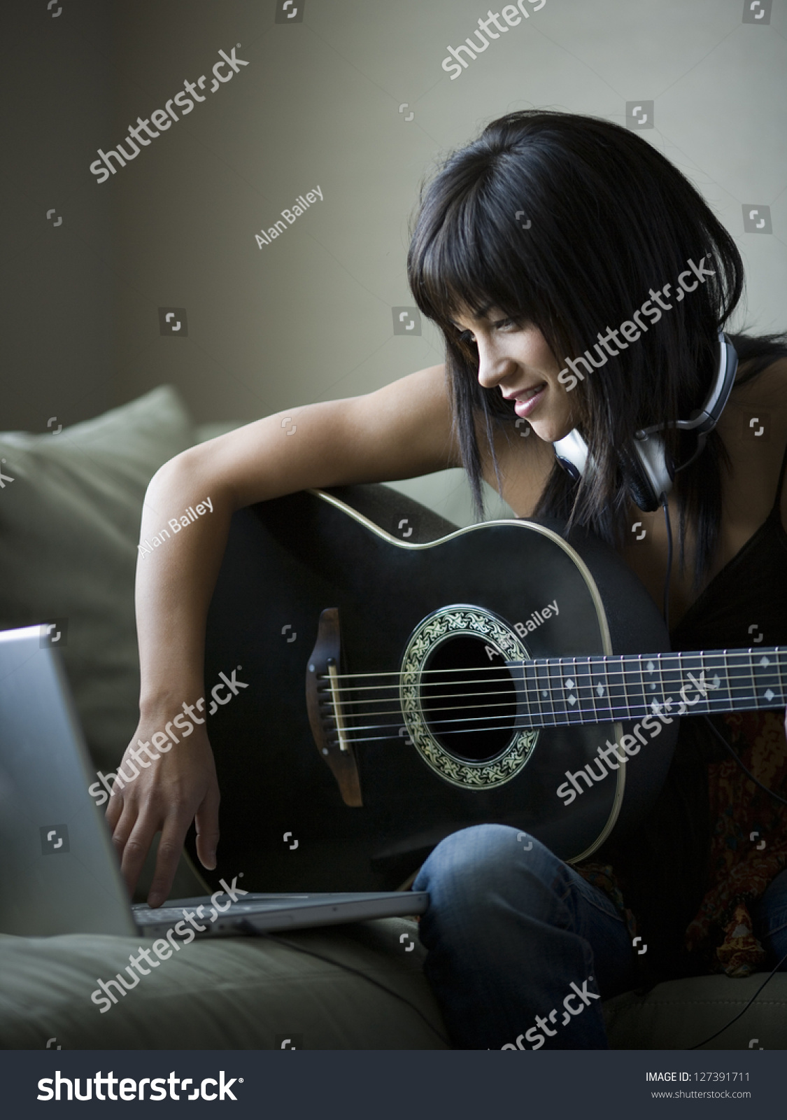 how to play pretty woman on acoustic