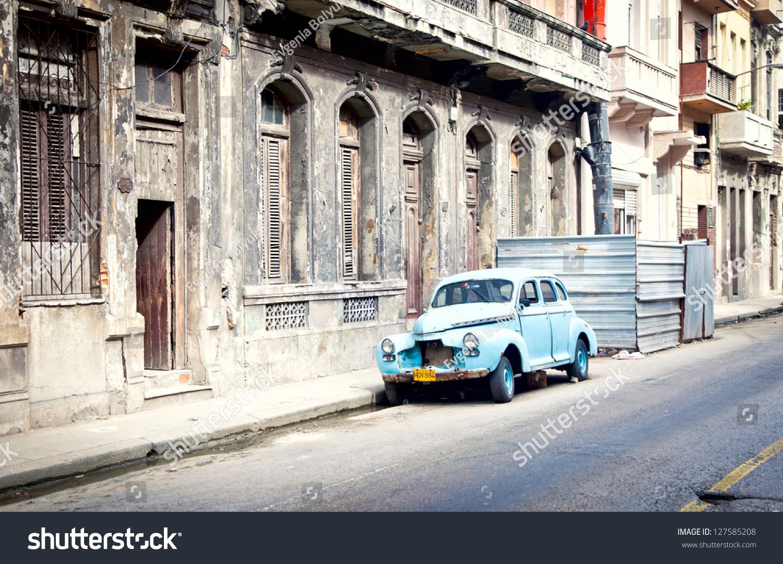 HAVANA CUBA DEC 30 Old Classic Stock Photo (Royalty Free) 127585208 ...