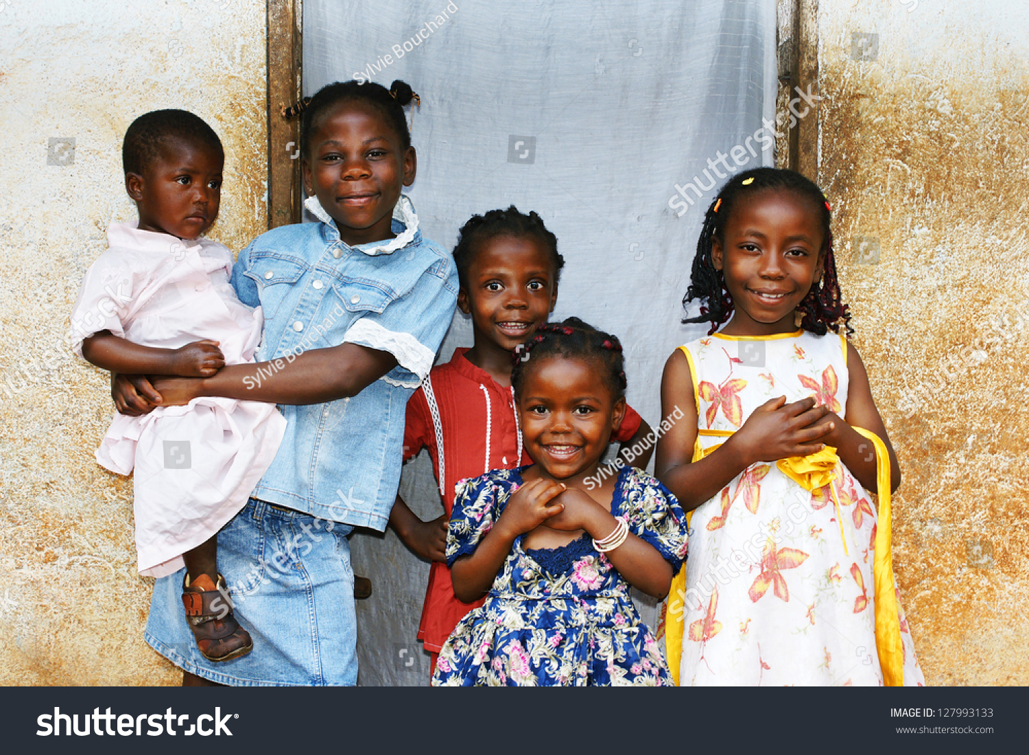 Real Candid Family Photo Of Five Cute And Sweet Black ...