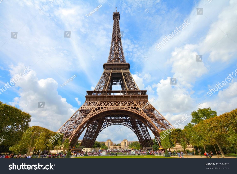 paris france eiffel tower seen from champ de mars unesco world heritage site stock photo. Black Bedroom Furniture Sets. Home Design Ideas