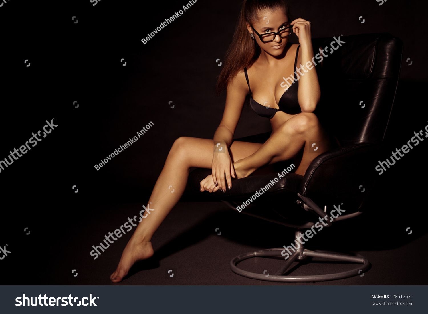 Sexy Women In Spectacles 100