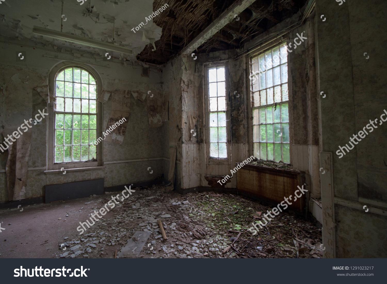 Empty Room Abandoned Mental Asylum Now Stock Photo Edit Now 1291023217