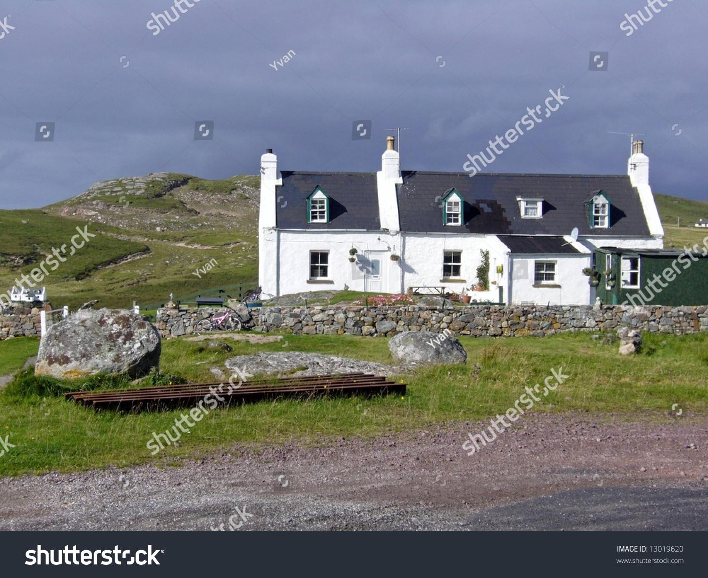 Small White House In Scotland Stock Photo 13019620 ... 1940s White House Scottie