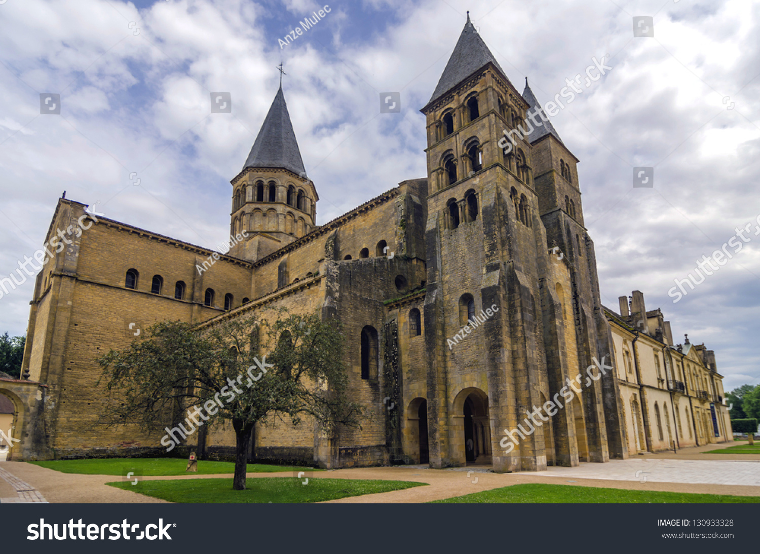 Architecte Paray Le Monial romanesque church paray le monial entrance stock photo (edit