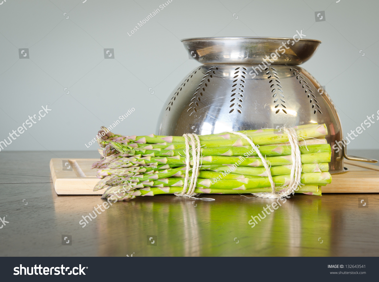 how to cook asparagus in strainer